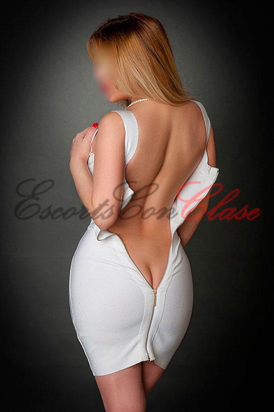 Puta española Madrid espalda desnuda. Dulce