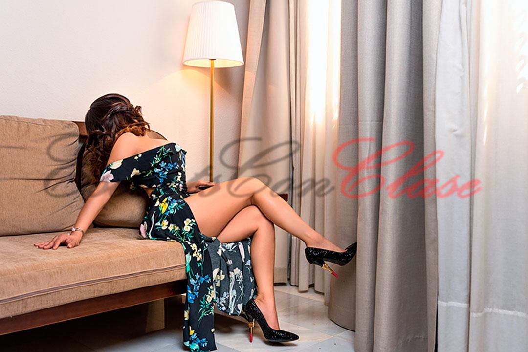 escort en Sevilla ropa elegante. Milena